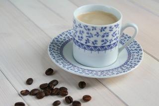teacup-1494945_1920.jpg