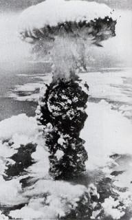 atomic_bomb_05b.jpg