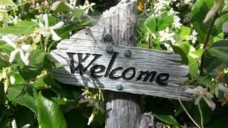 welcome-sign-760358_1280.jpg
